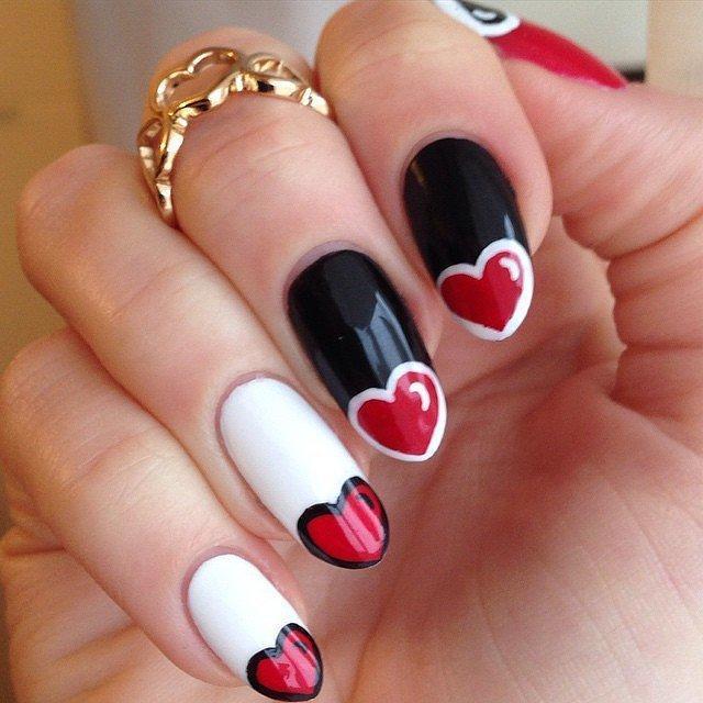 74-trendy-heart-nails