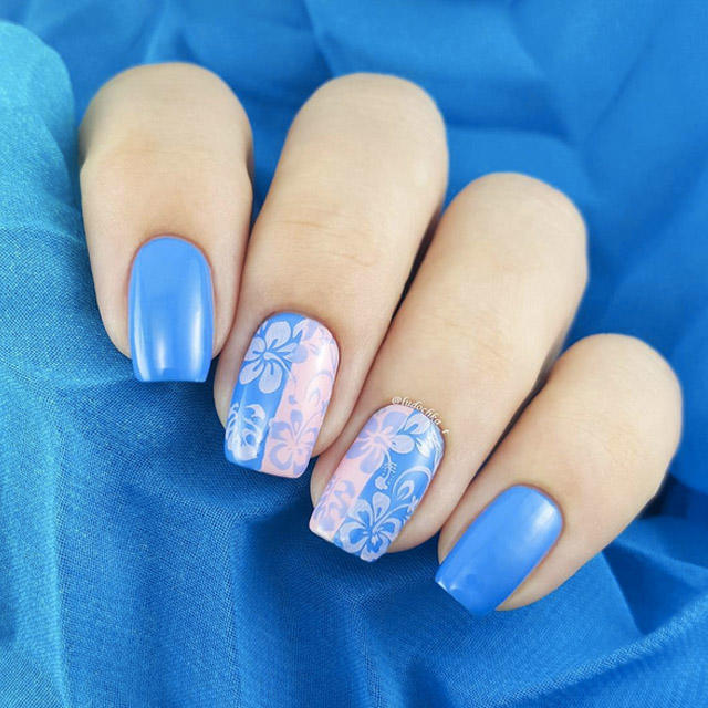 Delicate-floral-manicure-by-@ludochka_t