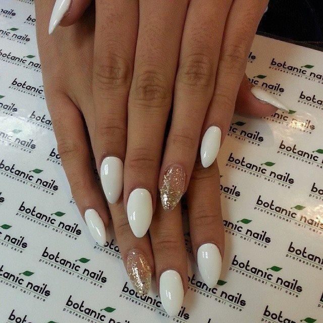 Glitter-fake-nails-designs
