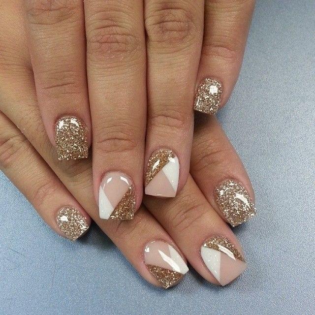 Nails-mani-glitter-nude