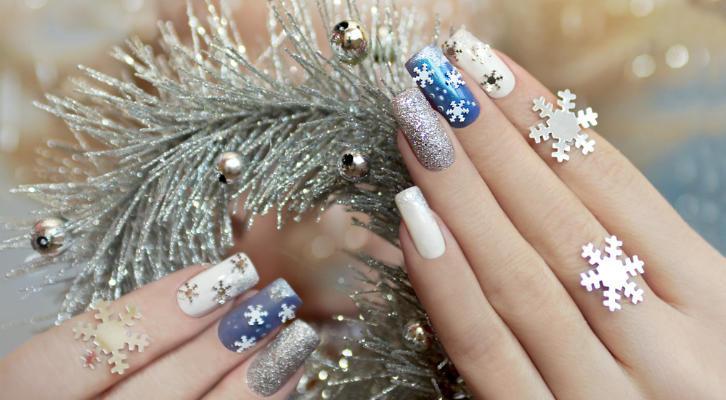 Маникюр новогодний – как покрасить ногти на новый год, идеи с фото