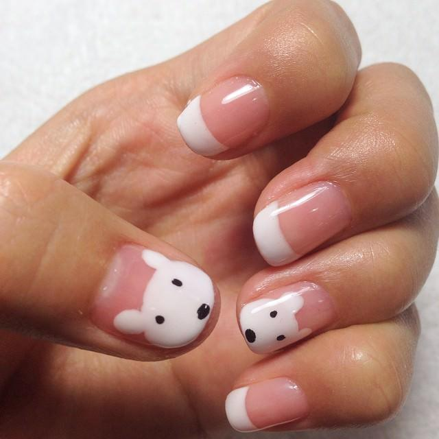 White-Color-Animal-Nail-Design