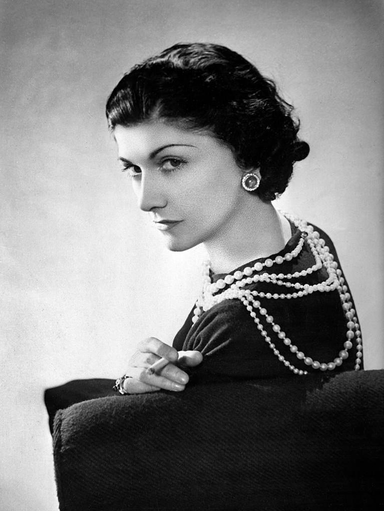 Coco-Chanel-Pearls