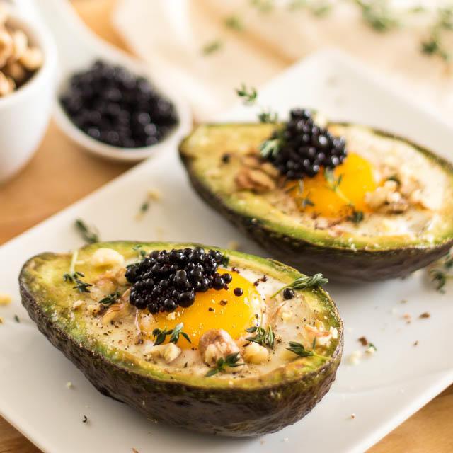 Eggs-in-Avocado-Boat-11