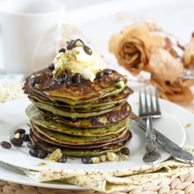 matcha-green-tea-coconut-pancakes-6