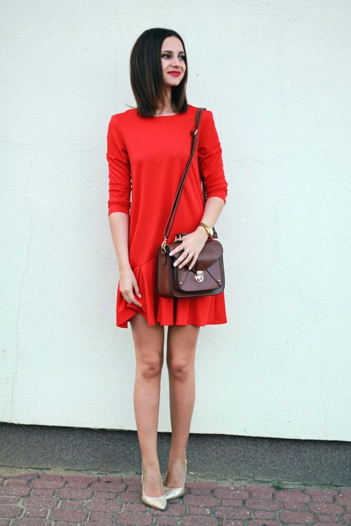 mohito-red-dress-new-yorker-bag-brunette-tumblr-girl-chic-fashion-street-style-2