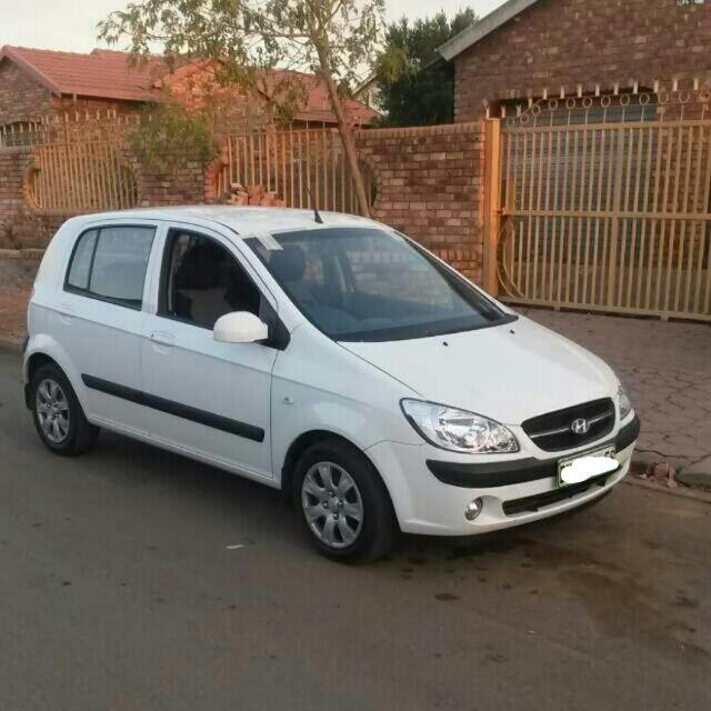 1004453565_1_1000x700_2010-hyundai-getz-14-low-mileage-pretoria