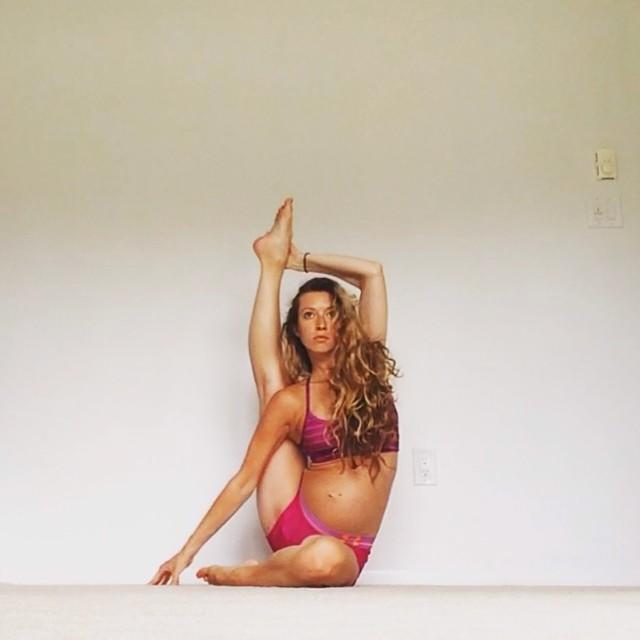 Помешать беременности могут чрезмерные физические нагрузки и стресс.