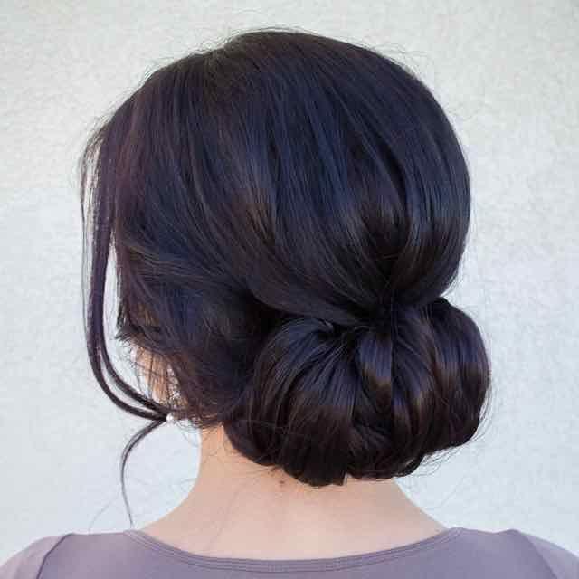 Греческие прически на средней длине волос.
